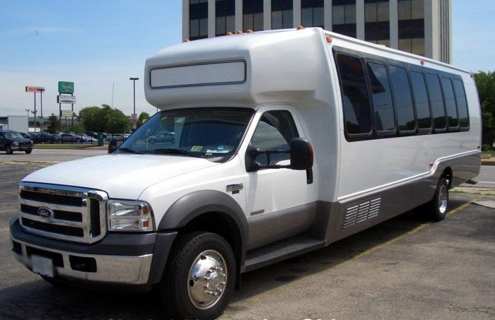 Memphis 18 Passenger Party Bus